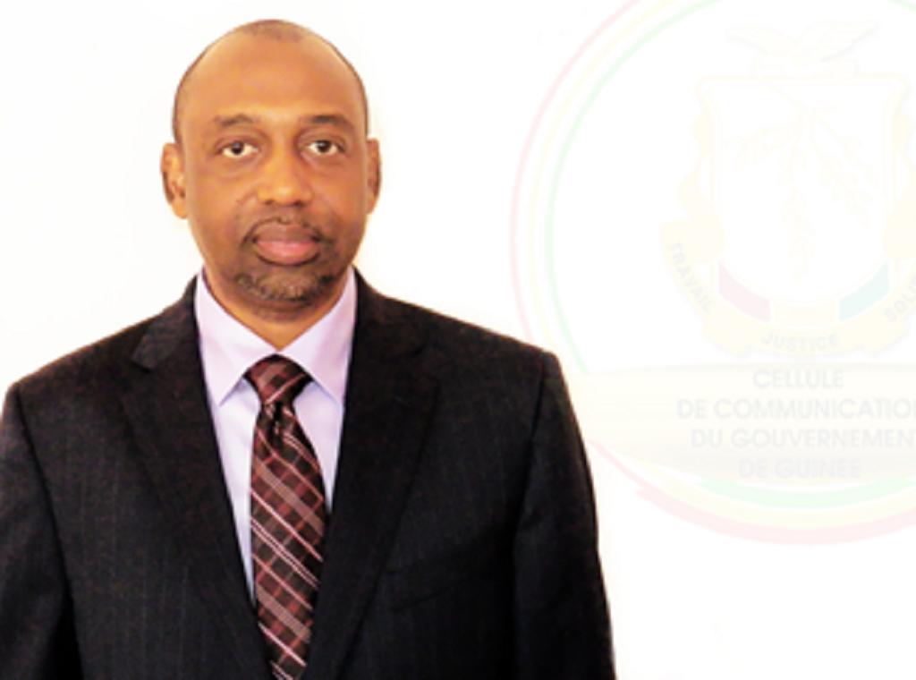 Le ministre de la santé suspend la délivrance d'agrément pour les Sociétés Grossistes Répartiteurs et d'Officines de Pharmacie Privée