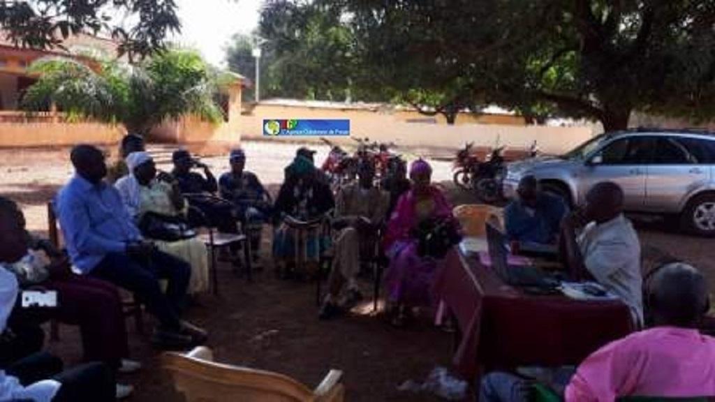 Mandiana : faute de local le personnel de la DPE installé sous les manguiers