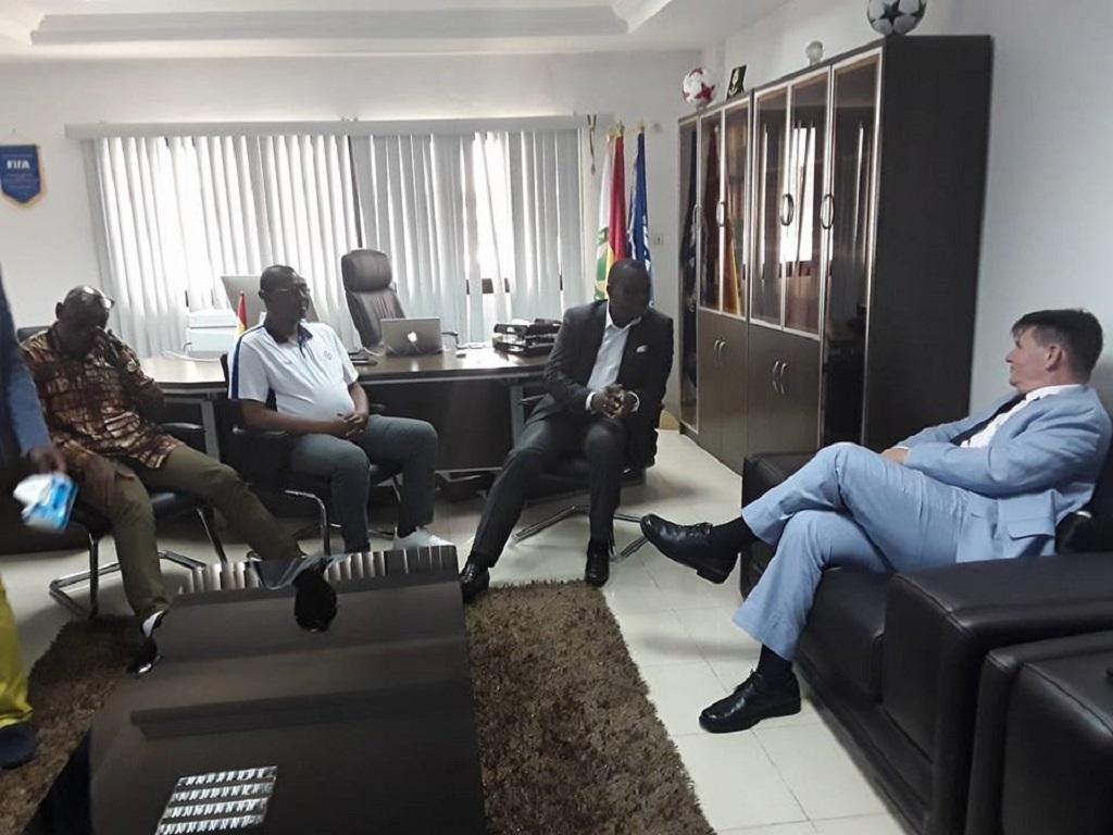 Fédération Guinéenne de Football – Coupe d'Afrique des Nations 2023 L'ambassadeur des États-Unis chez le Président Antonio Souaré