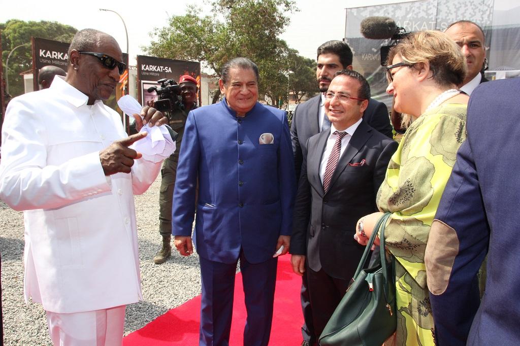 Camp Alpha Yaya Diallo: Le Président Alpha Condé lance les travaux de l'usine militaire