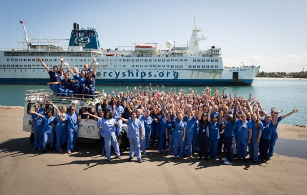 Le ministre d'État Oyé Guilavogui prépare l'arrivée du Mercy Ships