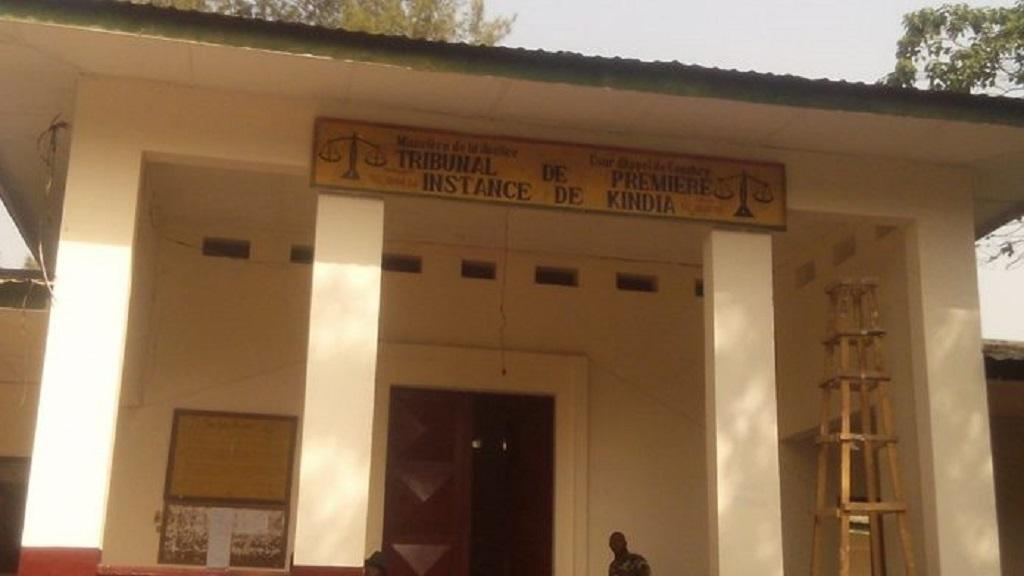 Guinée : La grève des greffiers paralyse les activités au TPI de Kindia