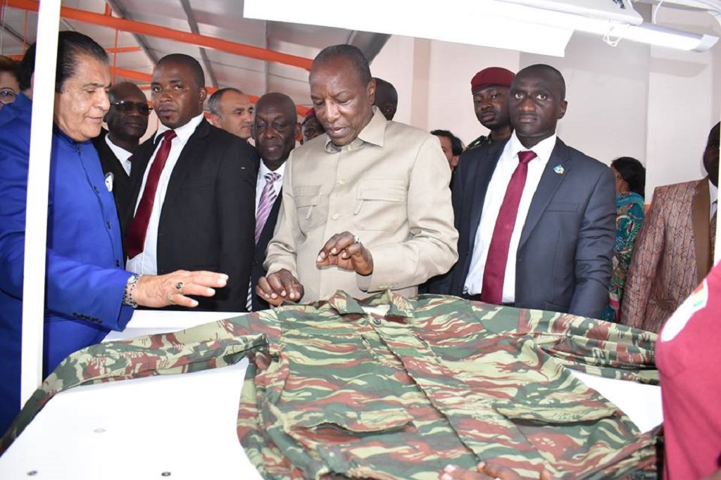 Camp Alpha Yaya Diallo : Le Président Alpha Condé inaugure l'usine militaire