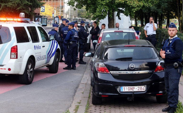 Belgique : des migrants arrêtés chez leurs hébergeurs citoyens
