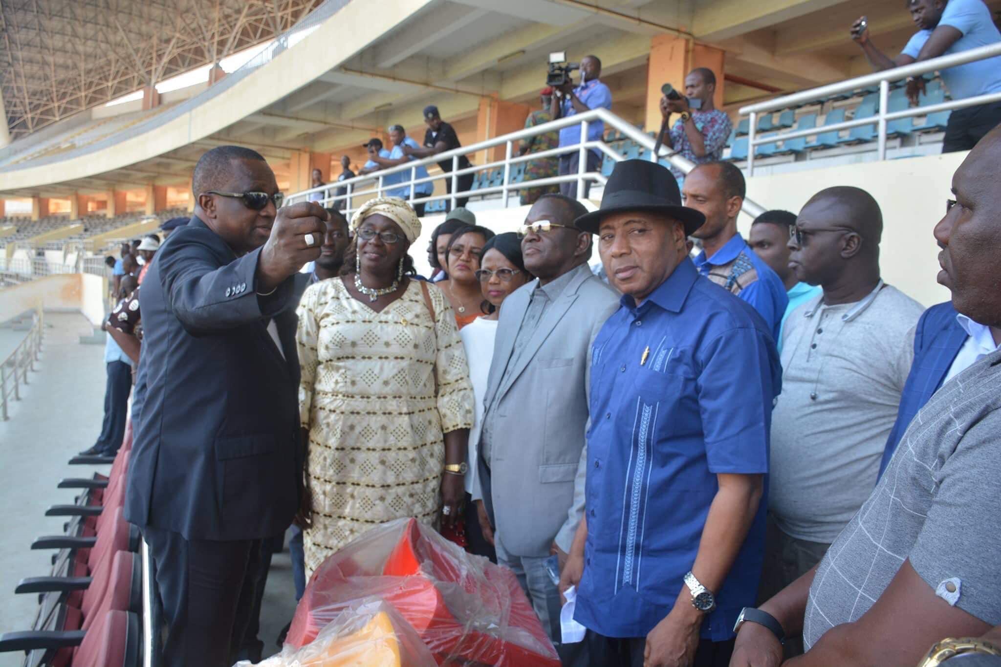 Stade de Nongo : des députés de l'assemblée nationale sur le chantier de finition des travaux.