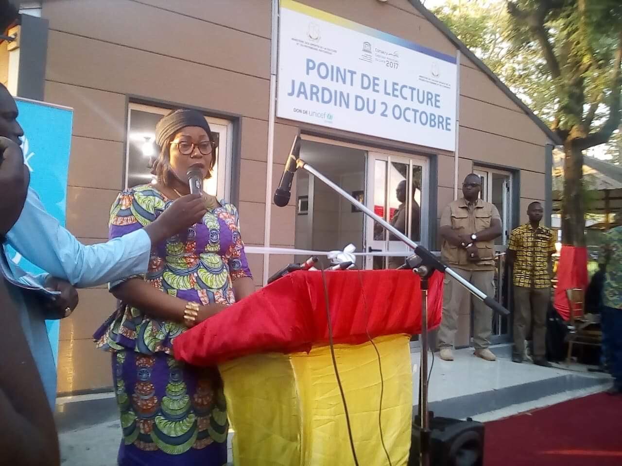 Conakry capitale du livre: Inauguration du point de lecture du jardin du 02 octobre.