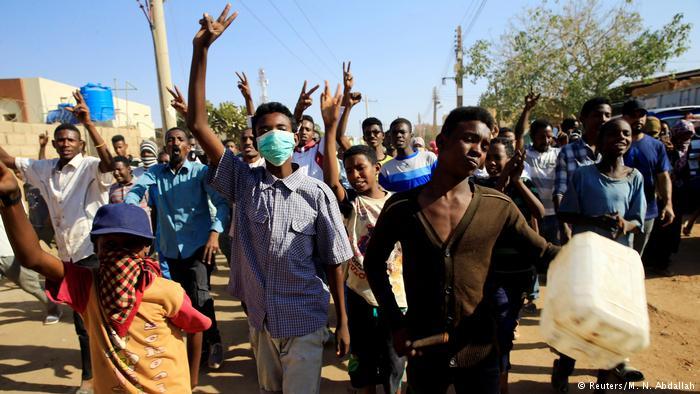 Les jours de Béchir sont-ils comptés au Soudan ?
