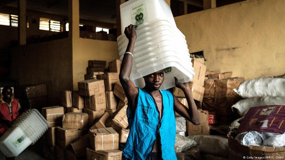 Nigeria : colère après le report des élections générales