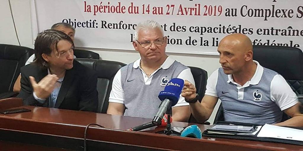 Formation des entraîneurs : des experts français étaient face à la presse