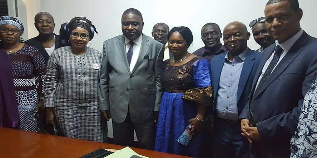Respect du contenu du protocole d'accord du 10 janvier 2019, le SLEEG rend visite au Ministre SANGARE et le félicite.