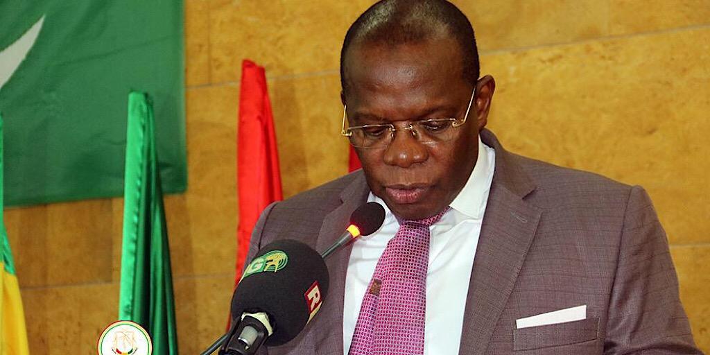PRIMATURE : LE PREMIER MINISTRE IBRAHIMA KASSORY FOFANA OFFICIELLEMENT PRÉSIDENT D'HONNEUR DES LIONS DE GUINÉE