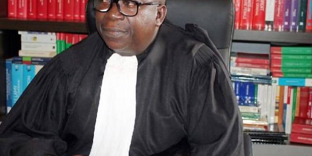 Coup d'état constitutionnel en Guinée: Me Traoré, >