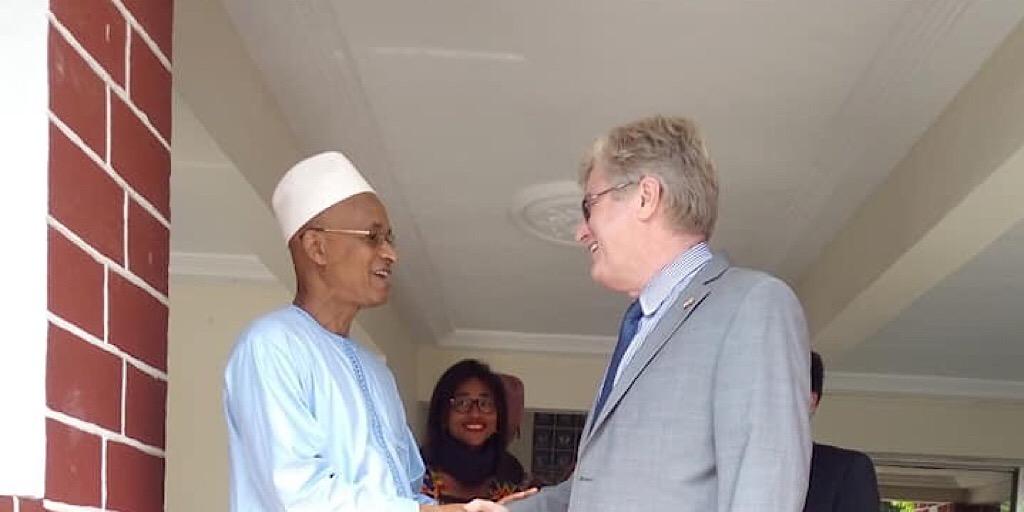 Guinée : Simon Henshaw des USA chez Cellou Dalein Diallo…