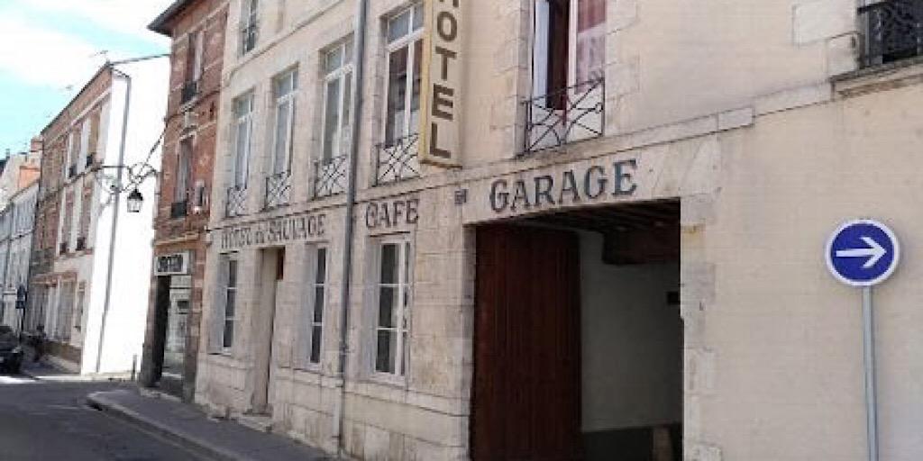 France : Un jeune Guinéen de 17 ans retrouvé mort dans un hôtel à Orléans