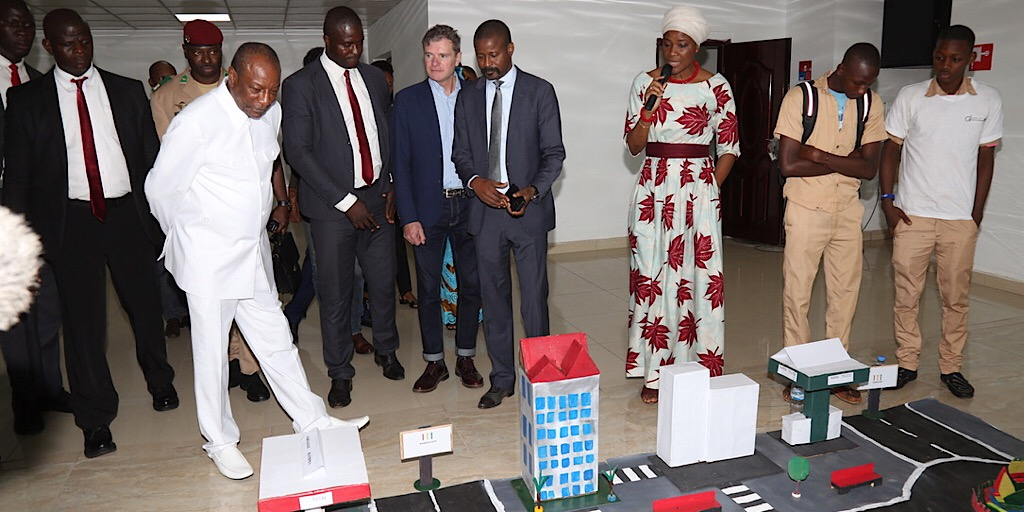 Semaine du numérique : Le Président Alpha Condé impressionné par les inventions des élèves et étudiants