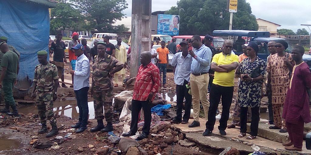 MVAT : Monsieur le Ministre fait état de lieux des points critiques dans les quartiers de Matam et Matoto