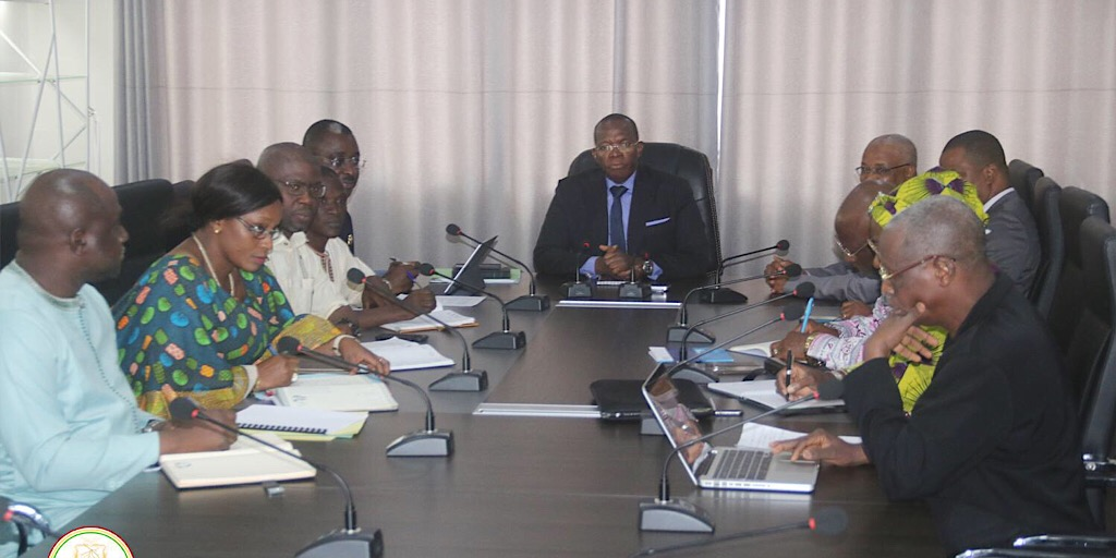 GUINÉE /LE PREMIER MINISTRE REÇOIT LE PRÉSIDENT DE LA COMMISSION ÉLECTORALE NATIONALE INDÉPENDANTE  (CENI).