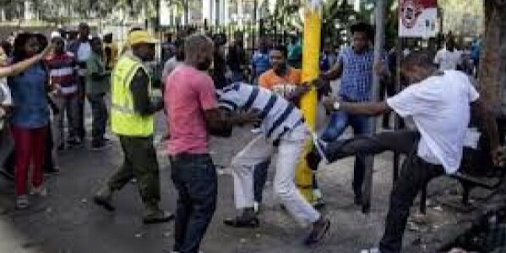 Devenu paria, l'Afrique du Sud fait honte à l'idéal africain