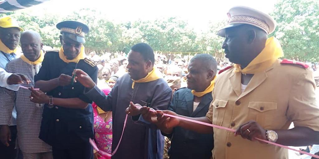 Guinée/Accès à l'école dans les zones rurales, le Ministre de l'éducation nationale inaugure trois nouvelles salles de classe à BIAKOUROU dans la banlieue de kankan.