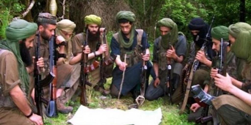 Les autorités algériennes et son avatar polisarien abritent bien des groupes terroristes en plein Tindouf !