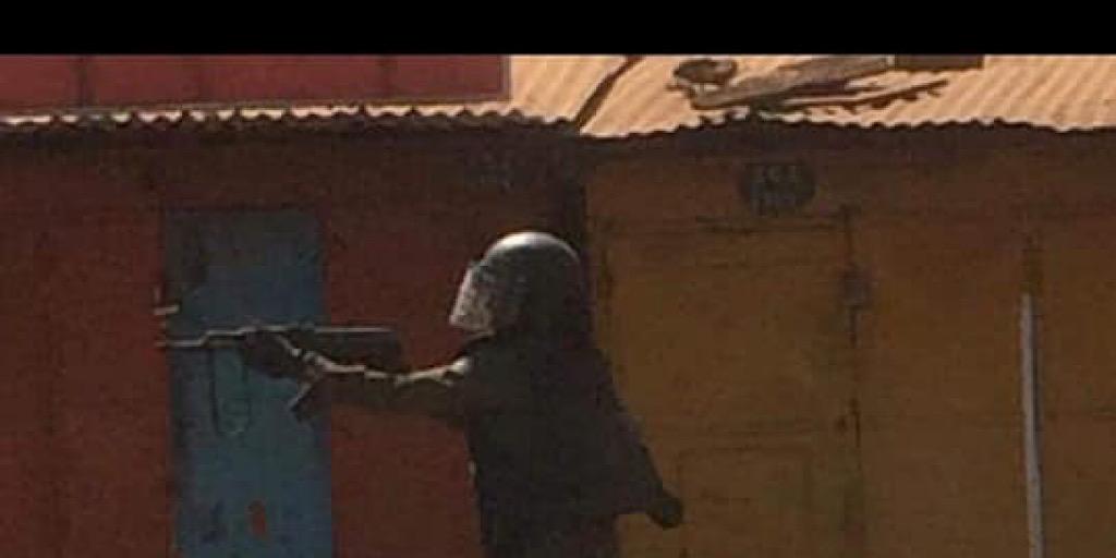 «Alpha Condé qui a décidé de massacrer son peuple pour se maintenir au pouvoir.», FNDC