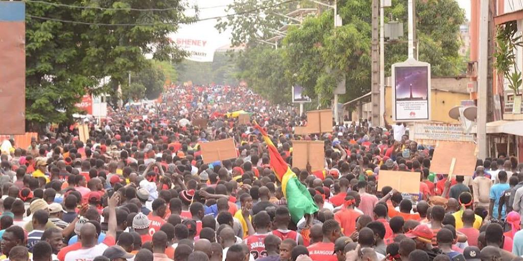 GUINÉE : IL FAUT LES CHASSER !