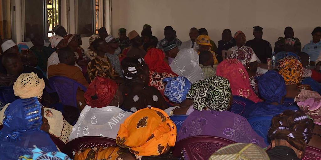 Matoto : Les travailleurs de la Mairie de Matoto présentent les vœux de nouvel an au Maire Mamadouba Tos Camara.