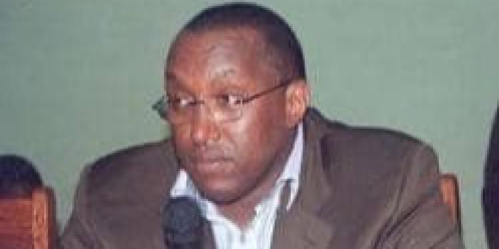 El Hadj Youssouf DIALLO s'en est allé : Le départ d'un Géant ! (Par l'écrivain Ibrahima Diallo)