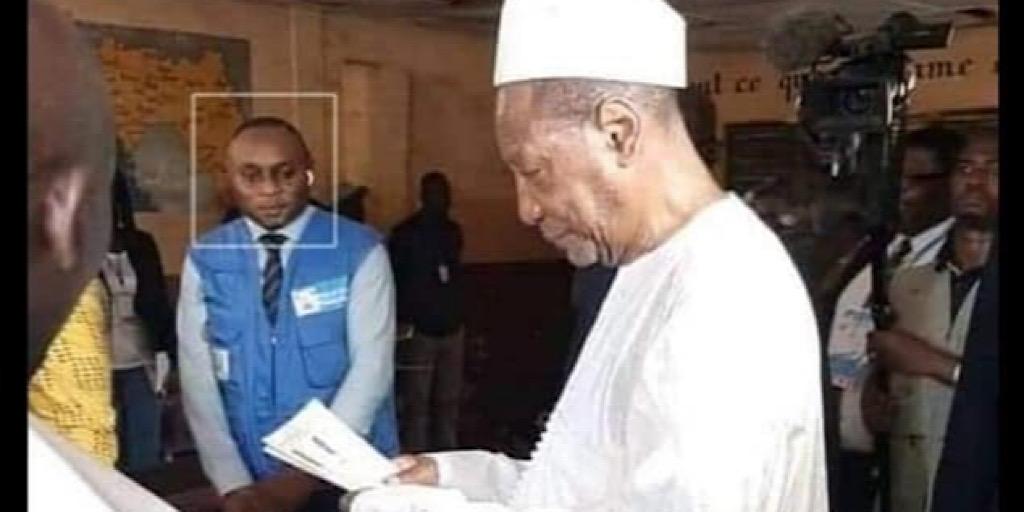 Le nouveau dictateur guinéen a fait tombé le 22.03.20 son dernier masque…